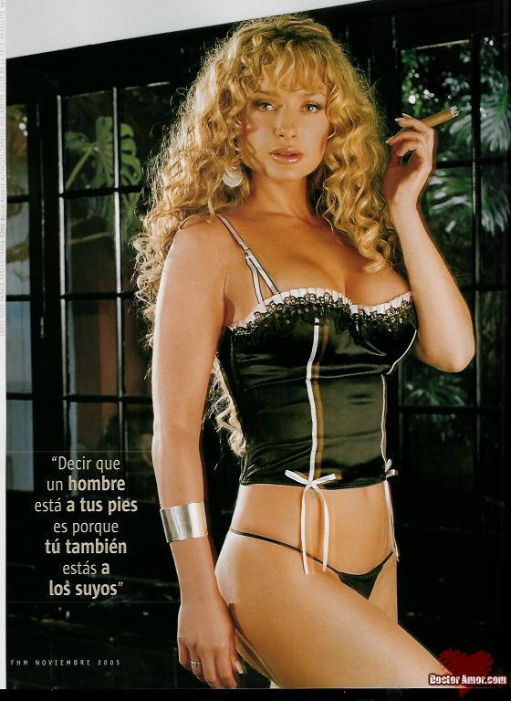 Fotos y Biografia de Joana Benedek - www.famosasmexicanas